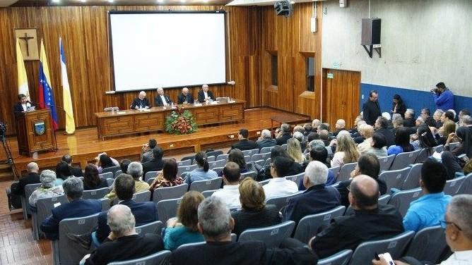 http://www.fronteradigital.com.ve/Obispos venezolanos: Duro golpe a la institucionalidad del Estado