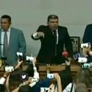 Diario Frontera, Frontera Digital,  PARRA, Nacionales, ,Bloquean ingreso de la oposición a la Asamblea Nacional  e instalan a Luis Parra como su presidente