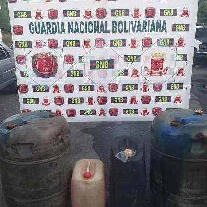 Diario Frontera, Frontera Digital,  GNB, Sucesos, ,GNB desmantelo depósito clandestino de combustible en kilómetro 15 de El Vigía