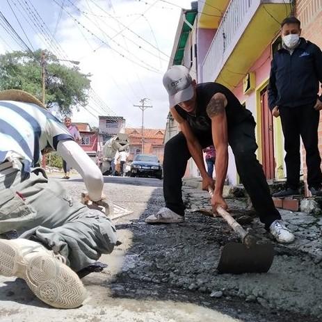 Diario Frontera, Frontera Digital,  INMIVI, Regionales, ,Inmivi inició bacheo de vías deterioradas en la ciudad de Mérida