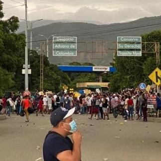 Diario Frontera, Frontera Digital,  NORTE DE SANTANDER, Internacionales, ,Cruzaron por la trocha y ahora tratan de regresar a Venezuela por el puente