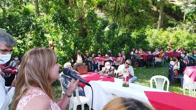 http://www.fronteradigital.com.ve/María Eugenia Febres – Cordero  compartió con un centenar de mujeres