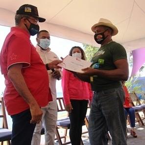 Frontera Digital,  BANCO DEL TESORO, Nacionales,  Banco del Tesoro otorga Bs. 35 mil millones en créditos a pescadores de La Guaira