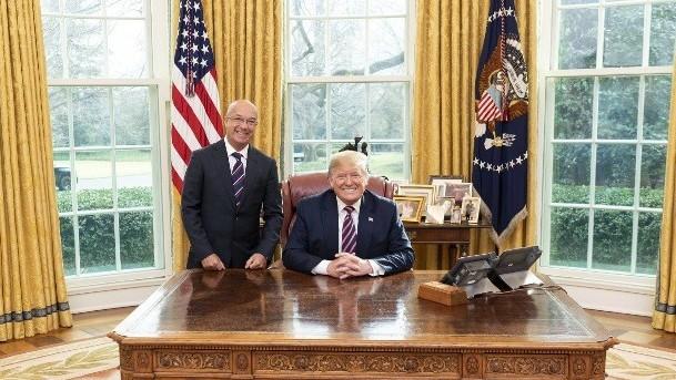 http://www.fronteradigital.com.ve/Simonovis se reunió con el presidente Trump en la Casa Blanca
