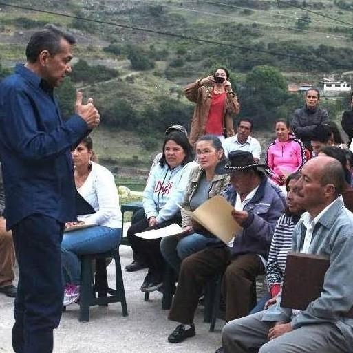 """Diario Frontera, Frontera Digital,  GOBIERNO DE MÉRIDA, ESCAGUEY, Páramo, ,Cuarenta familias  de la Urb. """"Nuevo Escagüey"""" recibieron certificados de adjudicaciones"""