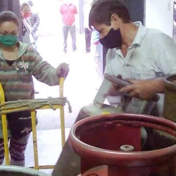Diario Frontera, Frontera Digital,  TABAY, SANTOS MARQUINA, Páramo, ,400 familias de Tabay adquirieron sus cilindros de gas