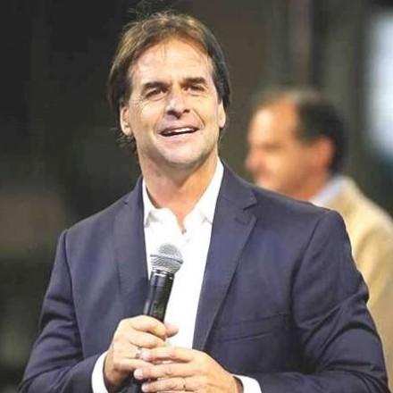 Diario Frontera, Frontera Digital,  Luis Lacalle Pou, Internacionales, ,Presidente uruguayo  se someterá a prueba de COVID-19 #30May