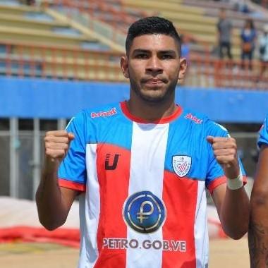 Diario Frontera, Frontera Digital,  ESTUDIANTES DE MÉRIDA F.C., Deportes, ,José Rivas regresó a los entrenamientos  de Estudiantes de Mérida F.C
