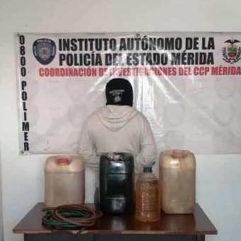 """Diario Frontera, Frontera Digital,  MÉRIDA, Sucesos, ,Policía APREHENDIO A UN JOVEN  APODADO  """"EL CHUCERO""""  CON GASOLINA EN LIBERTADOR"""