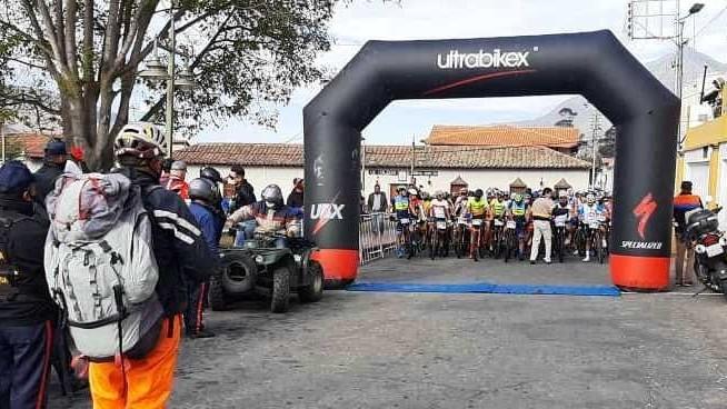 """http://www.fronteradigital.com.ve/Más de 600 ciclistas participaron en la """"Ruta de la Campaña Admirable"""""""