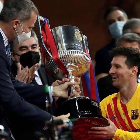 Diario Frontera, Frontera Digital,  BARCELONA, Deportes, ,Messi recibe del Rey  el trigésimo primer trofeo de campeón para el Barça