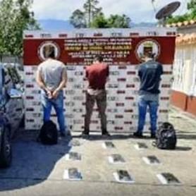 Diario Frontera, Frontera Digital,  DETENIDOS MERIDEÑOS, Sucesos, ,Capturados tres merideños  que transportaban 9 panelas de cocaína