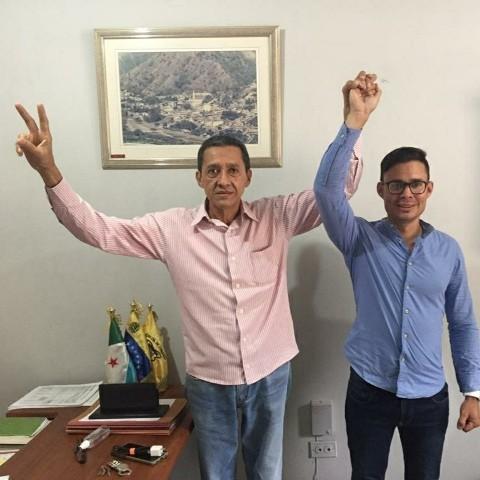 Diario Frontera, Frontera Digital,  EDDAR MÀRQUEZ, Politica, ,Alcalde Nilson Peña apoya candidatura  de Edgar Márquez a la gobernación de Mérida