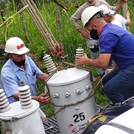 Diario Frontera, Frontera Digital,  CORPOMÉRIDA, Regionales, ,Gobierno Revolucionario instaló transformador  de 25 kVA en aldea rural del municipio Libertador*