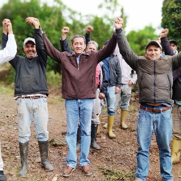 Diario Frontera, Frontera Digital,  EDGAR MÁRQUEZ, Mocoties, ,Edgar Márquez y productores agrícolas  recuperan carretera del páramo Las Coloradas