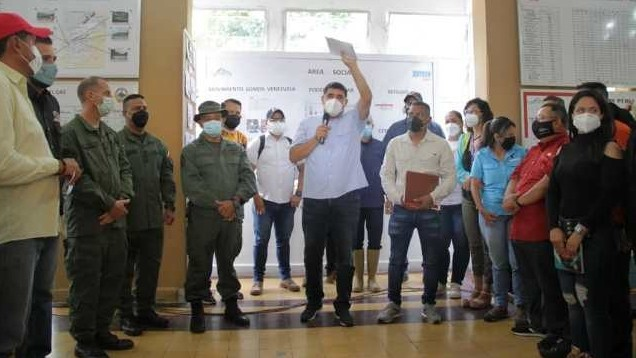 http://www.fronteradigital.com.ve/A un mes de las emergencias Gobierno Bolivariano  sigue trabajando por familias afectadas