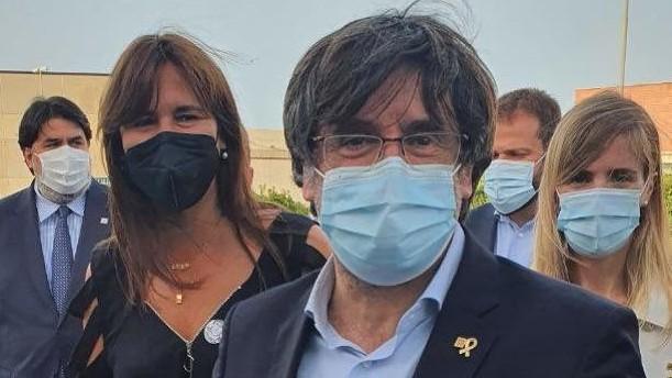 http://www.fronteradigital.com.ve/Puigdemont sale en libertad  y el juez le cita a declarar en Cerdeña el 4 de octubre