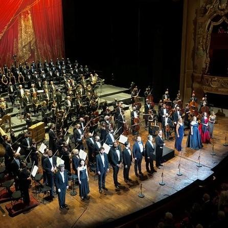 Frontera Digital,  GUSTAVO DUDAMEL, Farándula,  Dudamel seduce a París en un primer concierto con aires hispanos