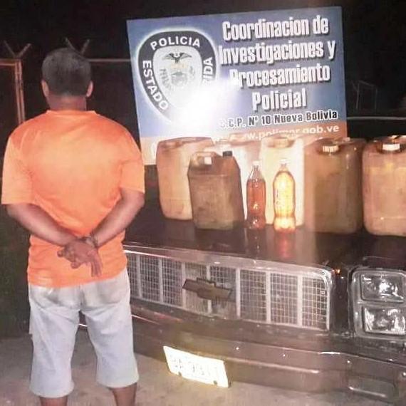 Diario Frontera, Frontera Digital,  detenido, Sucesos, ,Aprehenden a ciudadano por contrabandear  combustible en Arapuey