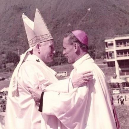 """Diario Frontera, Frontera Digital,  Padre Edduar Molina Escalona, Opinión, ,""""Juan Pablo II: Ejemplo de humanidad"""" por Padre Edduar Molina Escalona"""