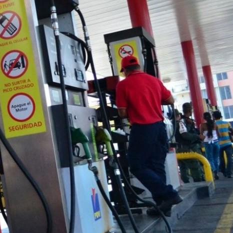 Diario Frontera, Frontera Digital,  COMBUSTIBLE, Nacionales, ,Despacho de gasolina inició con tropiezos en algunos estados