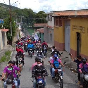 Diario Frontera, Frontera Digital,  CARAVANA, Mocoties, ,Multitudinaria caravana recorrió las calles de Tovar en respaldo a la revolución