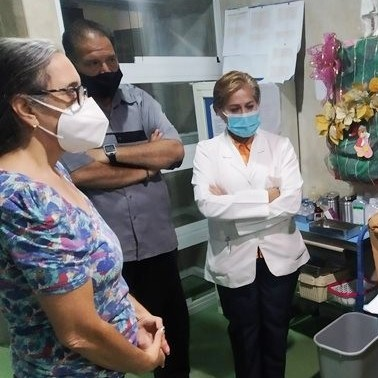 Diario Frontera, Frontera Digital,  IAHULA, GOBIERNO DE MÉRIDA, Regionales, ,Ramón Guevara entregó compresores  para reactivar aires acondicionados de la Unidad de Oncología