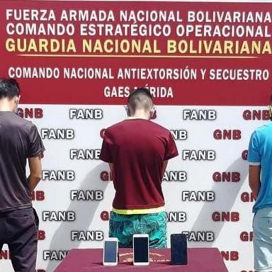 """Diario Frontera, Frontera Digital,  CONAS, Sucesos, ,TRES JOVENES DETENIDOS TRAS INTEGRAR  LA BANDA """"EL YIMER"""" POR ROBO EN EL VIGÌA"""