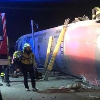 Diario Frontera, Frontera Digital,  TREN, Internacionales, ,Dos muertos y unos 30 heridos  por el descarrilamiento de un tren en Italia