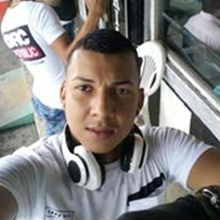 """Diario Frontera, Frontera Digital,  AASESINAN PELUQUERO VIGIENSE, Sucesos, ,Ultimaron al peluquero vigiense conocido como """"Cachete"""" en Ecuador"""