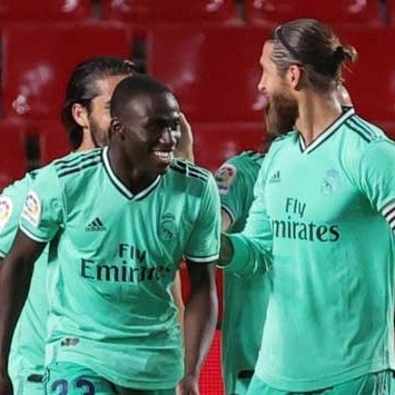 Diario Frontera, Frontera Digital,  REAL MADRID, Deportes, ,Real Madrid no falló ante el Granada y se colocó más cerca del título