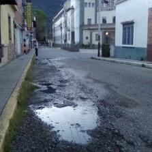 Diario Frontera, Frontera Digital,  BOTE DE AGUA EN MÉRIDA, Regionales, ,Brote de agua en calle 25 con avenida 8 de Mérida