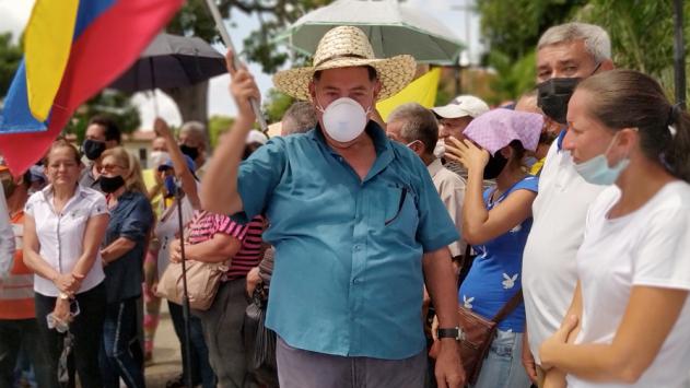 https://www.fronteradigital.com.ve/Dirigente del Sindicato del Transporte  apoya a Lisandro Segura y a Edgar Márquez