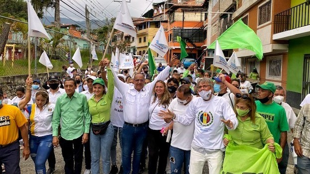 https://www.fronteradigital.com.ve/Alcides Monsalve recorrió el Barrio Andrés Eloy Blanco en Mérida