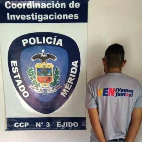 Diario Frontera, Frontera Digital,  APREHENDIDO, Sucesos, ,FUNCIONARIO POLICIAL APREHENDIÓ A CIUDADANO SOLICITADO 2017 EN EJIDO