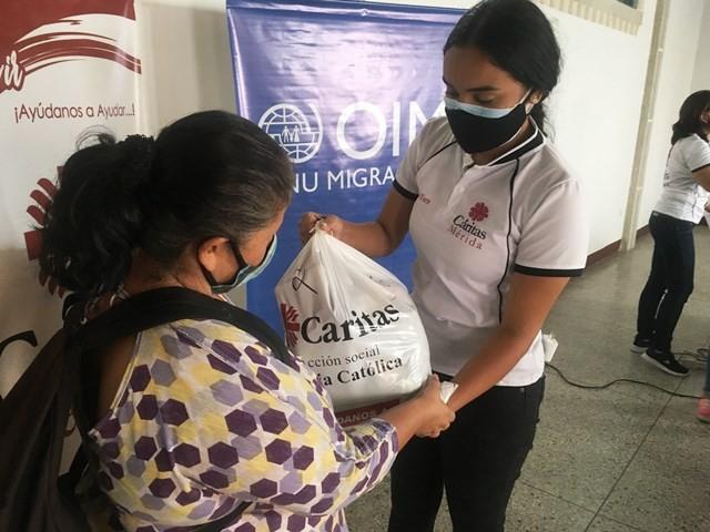 Diario Frontera, Frontera Digital,  CÁRITAS MÉRIDA, Regionales, ,Alianza OIM- Cáritas Mérida inició entrega de gestos a hermanos colombianos