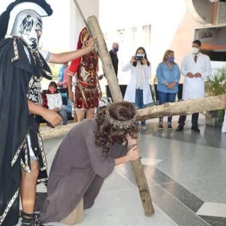 Diario Frontera, Frontera Digital,  vía crucis por la salud, Regionales, ,VíaCrucis por la salud se celebró este Lunes Santo en Mérida