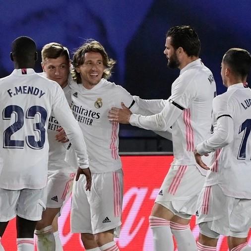 Diario Frontera, Frontera Digital,  REAL MADRID, Deportes, ,Benzema y Kroos sentencian al Barcelona  para colocar en la cima liguera al Real Madrid