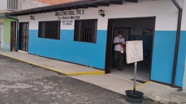 https://www.fronteradigital.com.ve/Parroquia Mesa Bolívar recibe apoyo del Ejecutivo regional