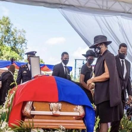 Frontera Digital,  HAITÍ, Internacionales,  Exprimera dama de Haití acudió al funeral del presidente asesinado
