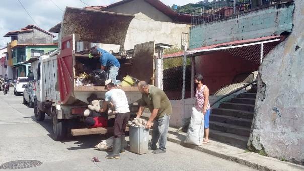https://www.fronteradigital.com.ve/Ciudadanos y empresas de Pinto Salinas  aportan combustibles para servicio de aseo urbano
