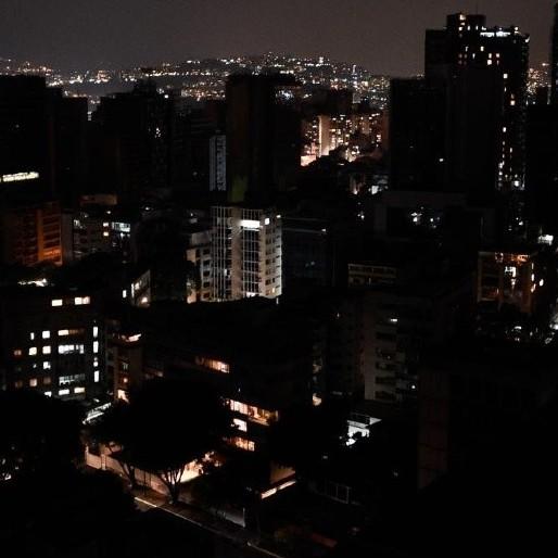 Diario Frontera, Frontera Digital,  APAGÓN EN CARACAS, Nacionales, ,Fuerte bajón eléctrico afectó varias zonas de Caracas